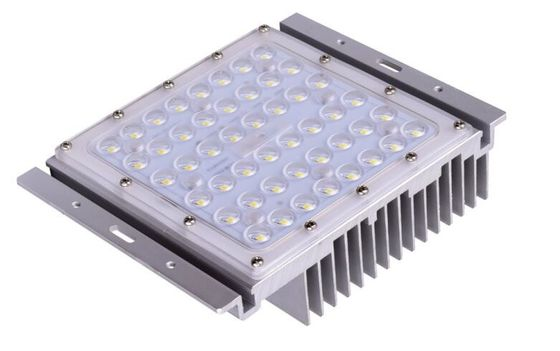China Module IP67 Cree XTE Industrial Led Flood Lights Energy Saving 90-305v factory