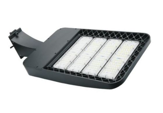China Commercial Led Parking Lot Light Fixtures , 85-265v Led Graden Light Energy Saving distributor