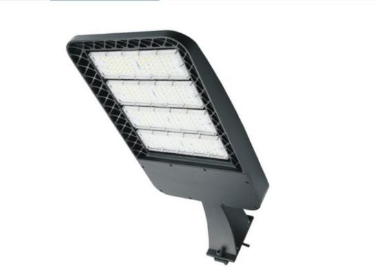 China High Lumen 90-277v IP65 Outdoor Led Shoebox Light 150w With 5 Years Warranty distributor